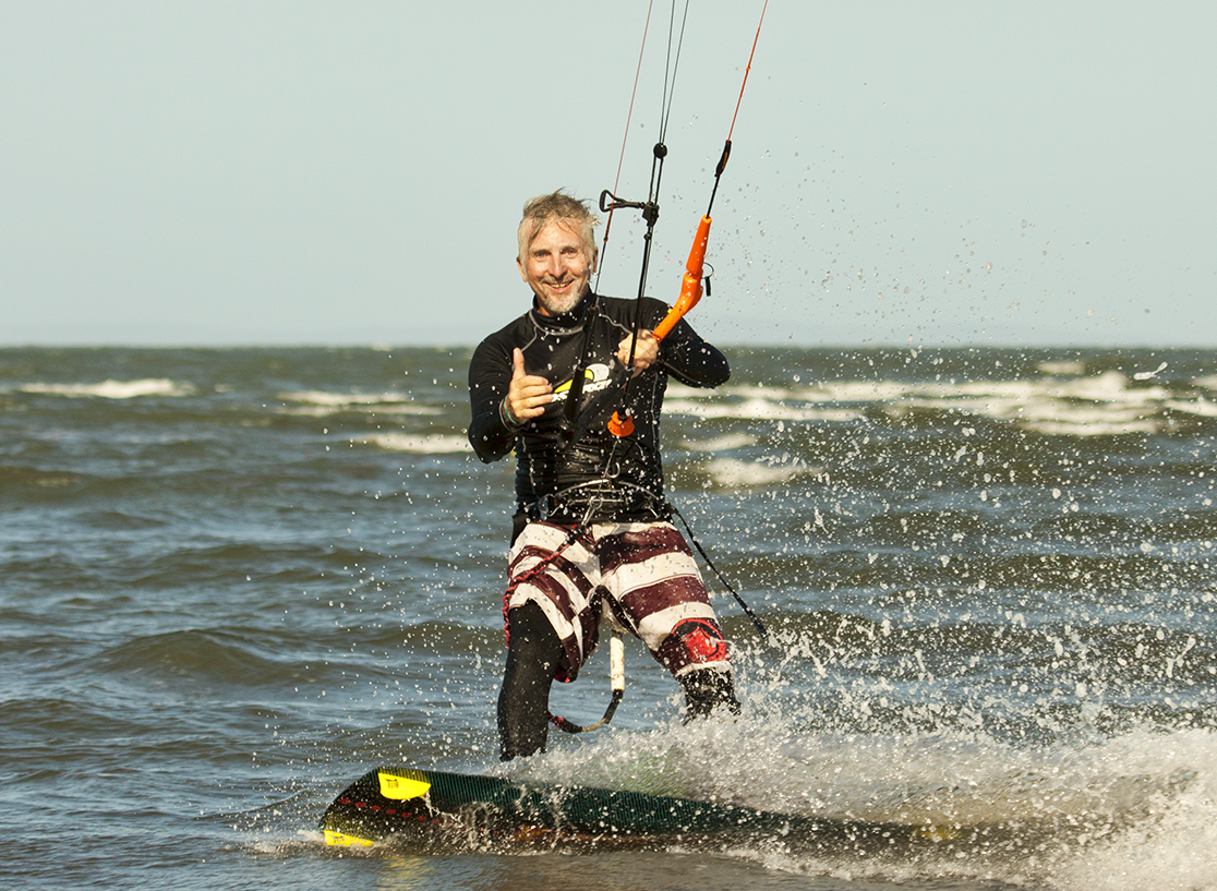 kitesurfing lessons gold coast iko instructor kiteboarding